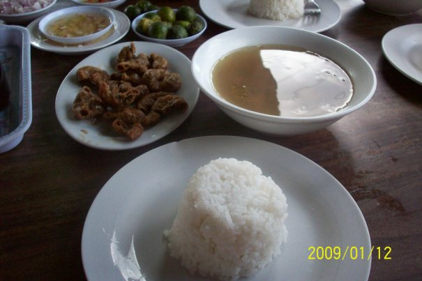 bitukang mura, goto laman, and rice