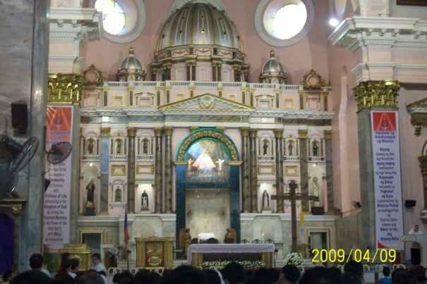 Altar, Binondo Church